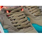 Кроссовки Nike Air Max 1 Essential