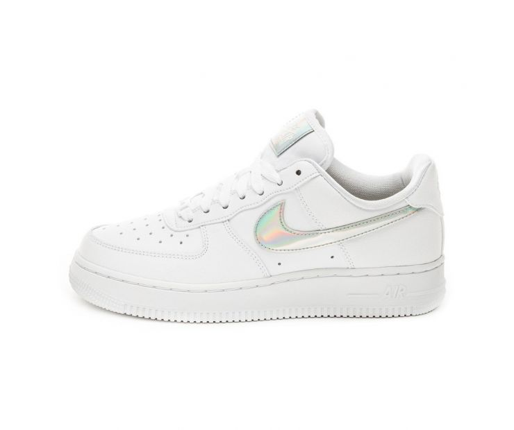 Кроссовки NIKE WMNS AIR FORCE 1 07 ESS White