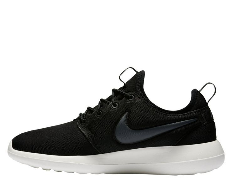 "Nike Wmns Roshe Two ""Black"""