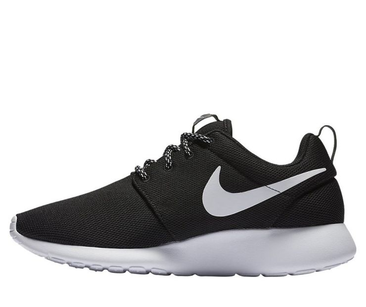 "Nike Wmns Roshe One ""Black"""